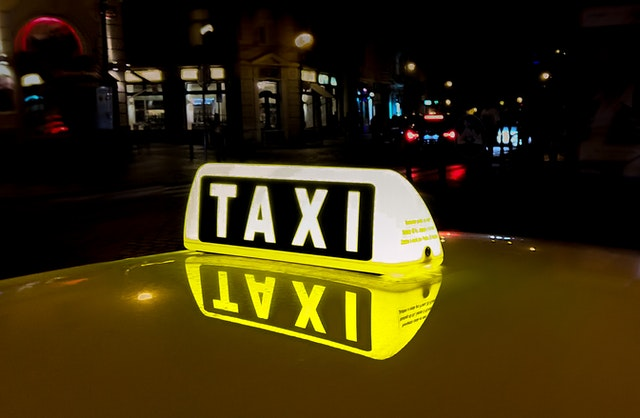 Koeriersdienst nodig? Schakel een taxi in!
